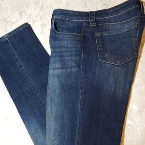 Kut from the Kloth Stevie Straight Leg Jeans 8